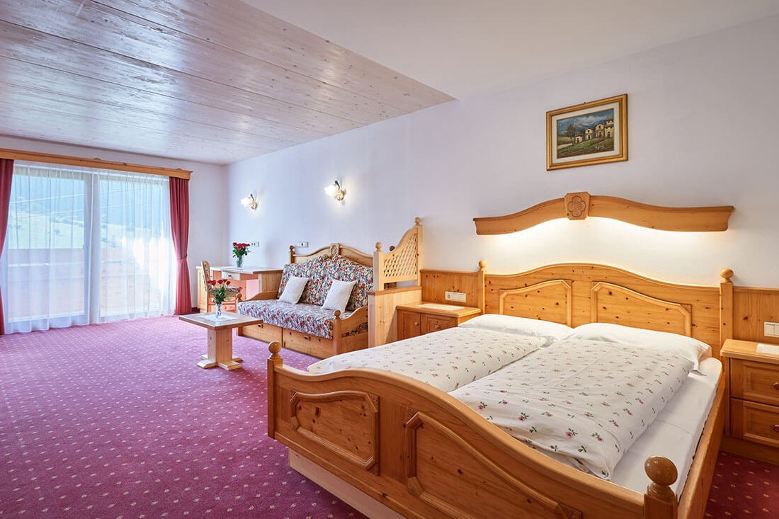 double-room-suite-schoenwald-in-south-tyrol-06