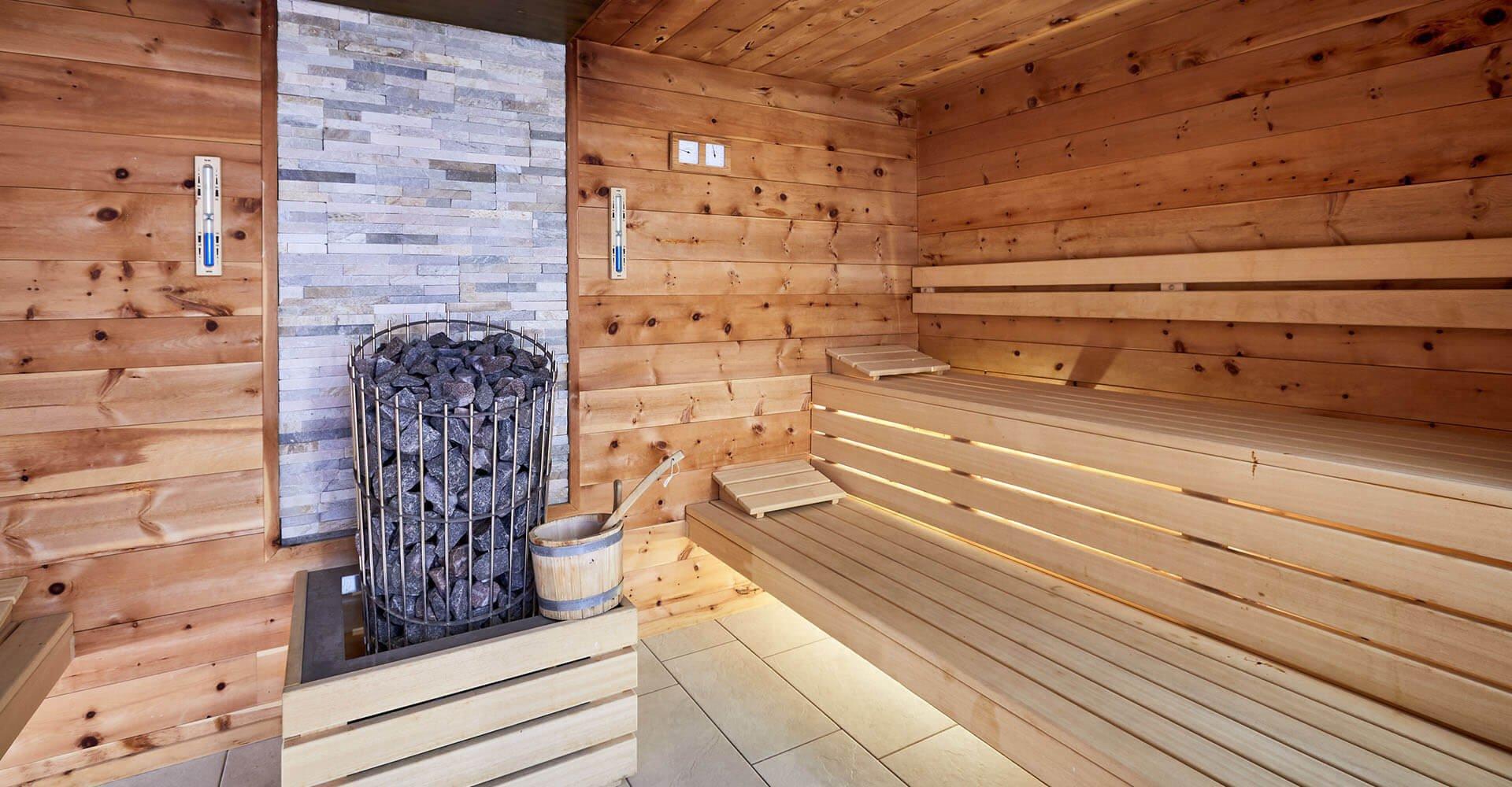 Wellness total – unser 3-Sterne-Hotelin Südtirol mit Hallenbad