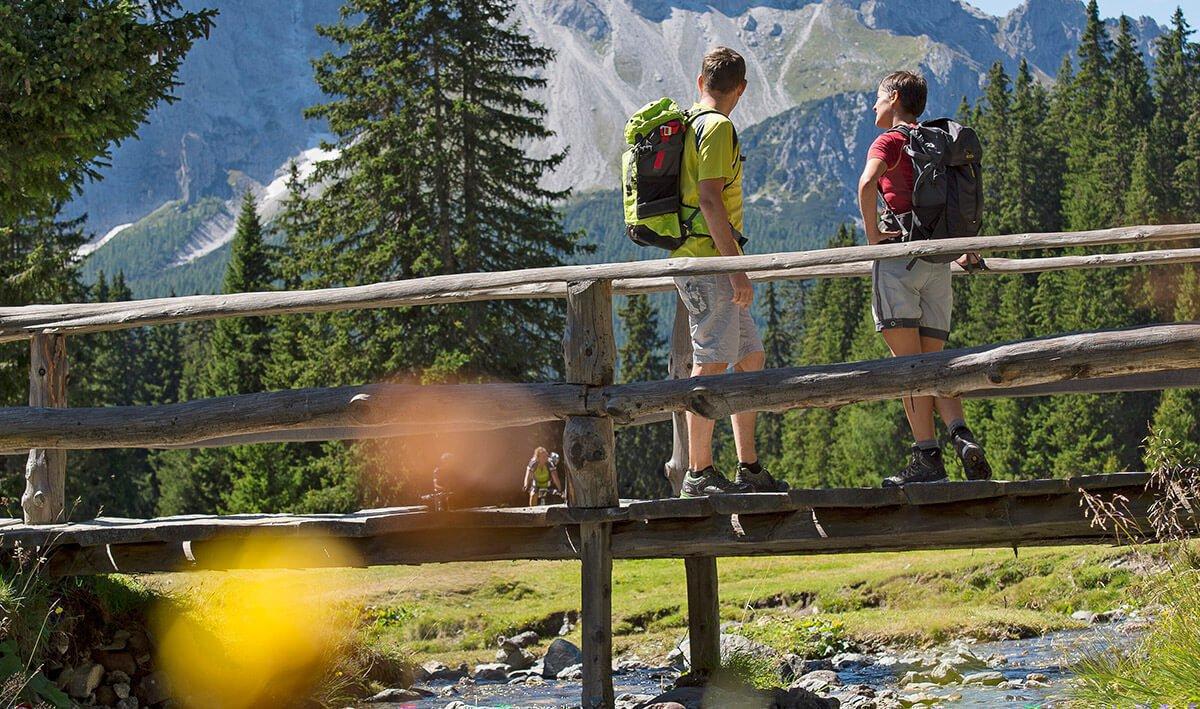 hotel-schoenwald-vals-suedtirol-wellness-erholung
